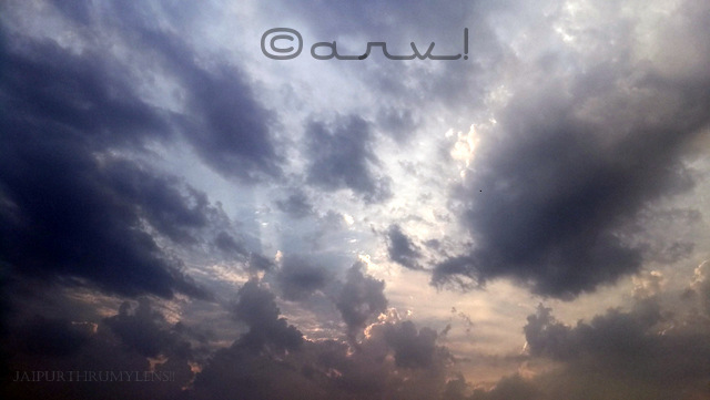 skywatch-friday-overcast-sky-jaipur-mobile-photography-jaipurthrumylens