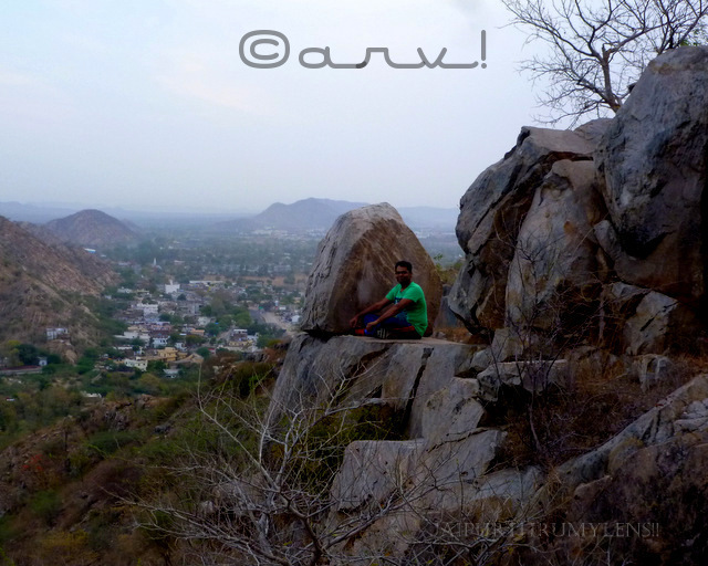 enjoying-sunrise-in-jaipur-hills-aravali-range-india-weekly-photo-challenge-wordpress