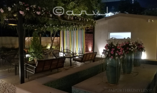 outdoor-seating-at-meraaki-kitchen-civil-lines-jaipur-zomato-review-jaipurthrumylens