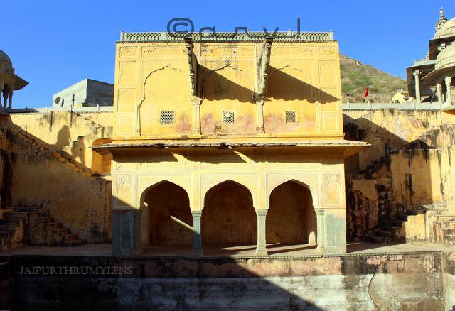 stepwell-in-jaipur-panna-mia-kund-baori-amer-town-jaipurthrumylens