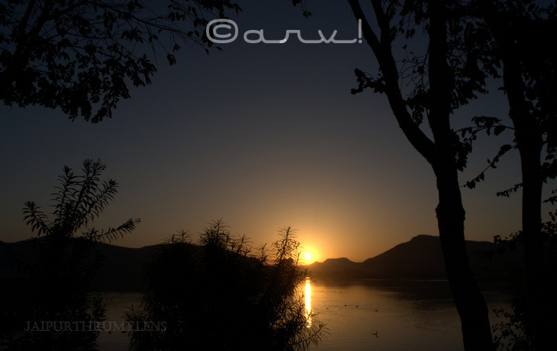 sunrise-point-in-jaipur-jalmahal-mansagar-lake-skywatch-friday-jaipurthrumylens