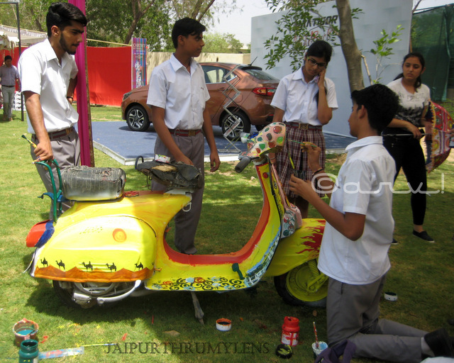 hand painted scooter by school children artist cartist jaipur jaipurthrumylens