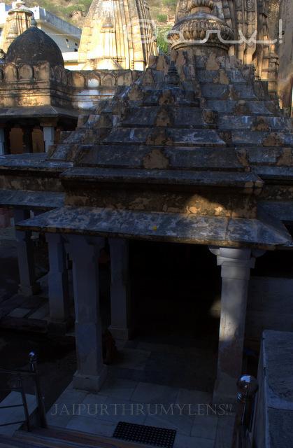 ambikeshwar-mahadev-temple-lord-shiva-amer-town-jaipur-history-of-amber-town