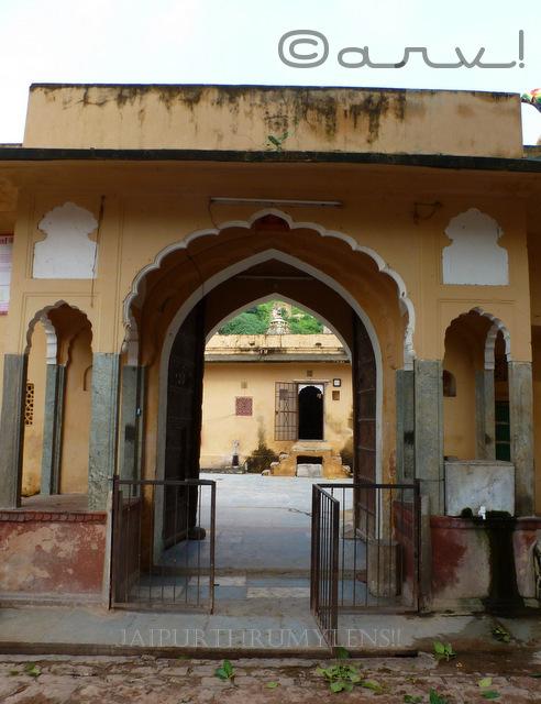 entrance-gate-ambikeshwar-mahadev-temple-amer-jaipur-lord-shiva-madir