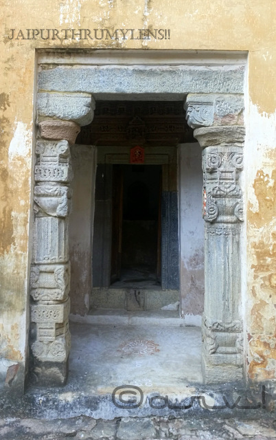medieval-stone-temple-in-jaipur-ambikeshwar-mahadev-amer