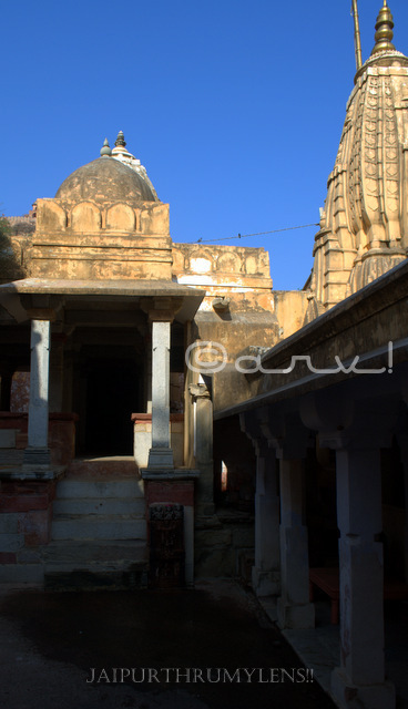 named-after-amer-town-ambikeshwar-mahadev-temple-lord-shiva-jaipur