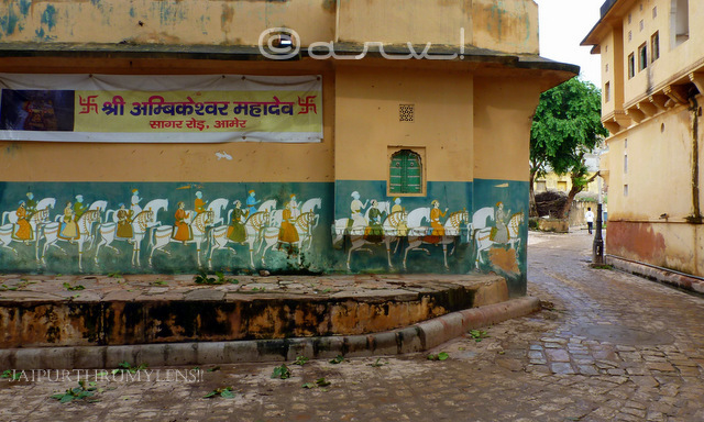 wall-fresco-at-ambikeshwar-mahadev-temple-chowk-amer-jaipur-jaipurthrumylens