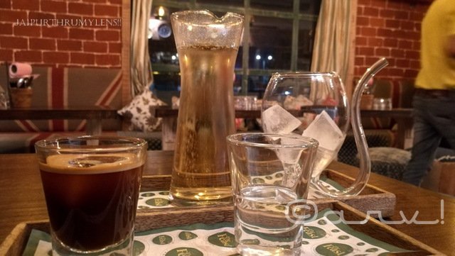 coffee-tonic-at-the-feast-cafe-jaipur