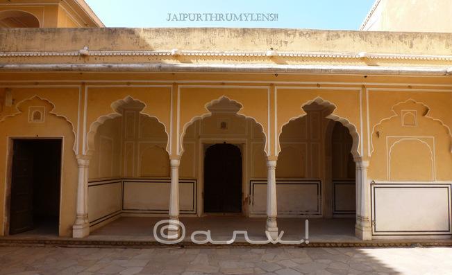 inside-hawa-mahal-pratap-mandir-vichitra-mandir-jaipur-jaipurthrumylens