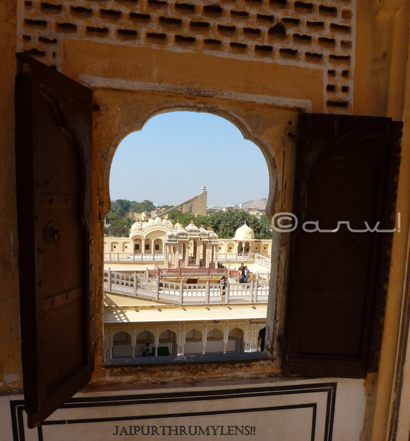 view-of-city-palace-picture-hawa-mahal-jaipur-jaipurthrumylens