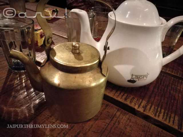 tea-pot-brass-ketli-tapri-lal-kothi-jaipur-images-friends-chai-cafe