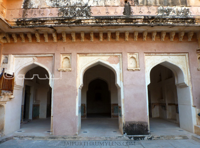 japur-queen-living-quarters-amer-fort-jaipur