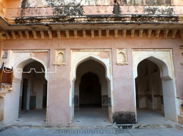 japur-queen-living-quarters-amer-fort-jaipur