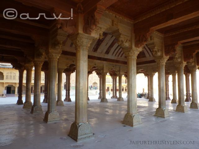 rajput-mughal-architecture-amer-fort-jaipur-diwan-e-khas