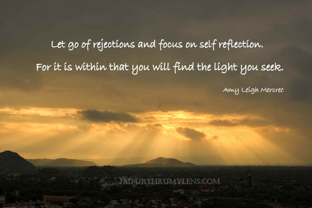 sunrise-quote-divine-light-self-reflection-inspiration