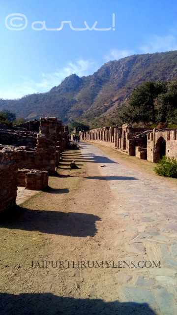 bhangarh-fort-images-johari-bazar