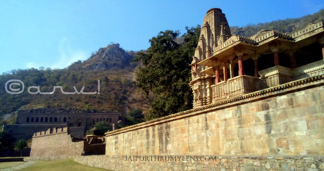haunted-bhangarh-fort-image-gopinath-temple