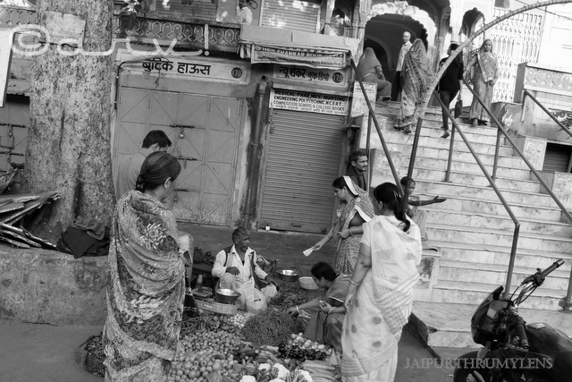 street-photography-jaipur-temple-bazaars