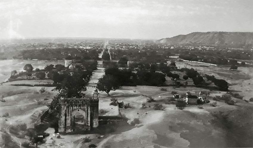 galta-gate-jaipur-old-pictures-raja-deen-dayal-1874