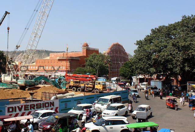 badi-chaupar-jaipur-hawa-mahal-metro