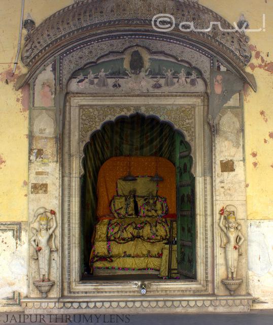 galta-ji-temple-jaipur-gyan-gopal-sri-krishna-sawai-pratap-singh