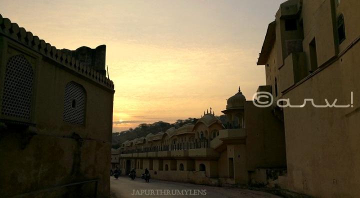 ghat-ki-guni-jaipur-tunnel-sunrise-skywatch-friday