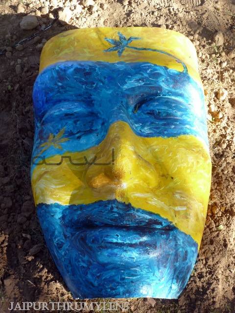 painted-mask-face-jaipur-art-summit