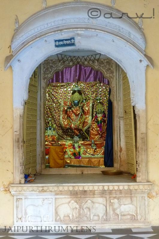 ram-gopal-ji-galta-temple-jaipur