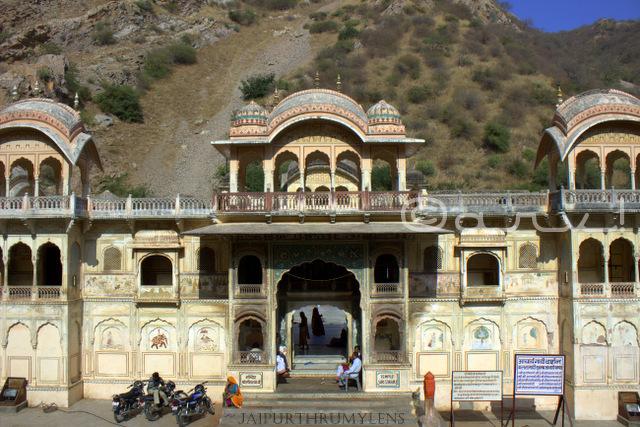 sitaram-temple-galtaji-jaipur-vaishanav-Ramanujacharya-hindu