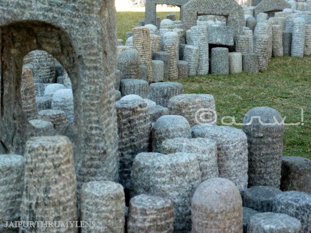 stones-ancestral-park-dilip-kumar-topo-jaipur-art-summit
