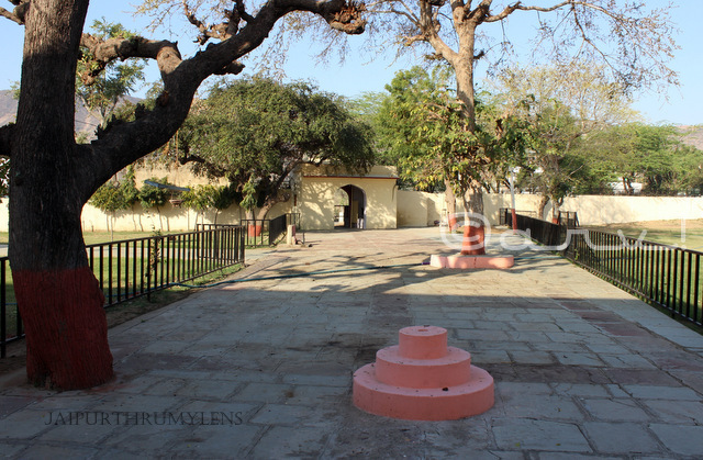 ancient-digambar-jain-temple-jaipur-amer-dharamshala