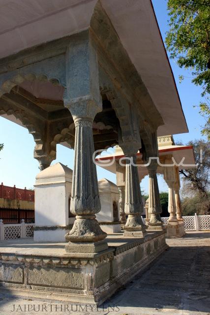 charan-paduka-chhatri-digambar-jain-temple-amer-jaipur