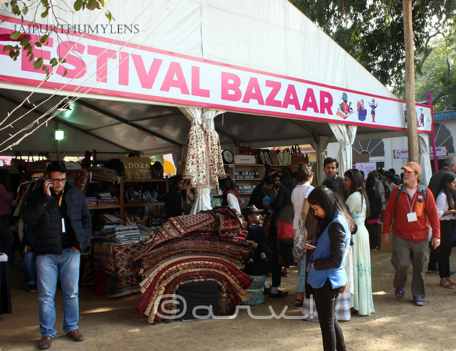 jaipur-literature-festival-bazaar-shopping-photo-hotel-diggi-palace