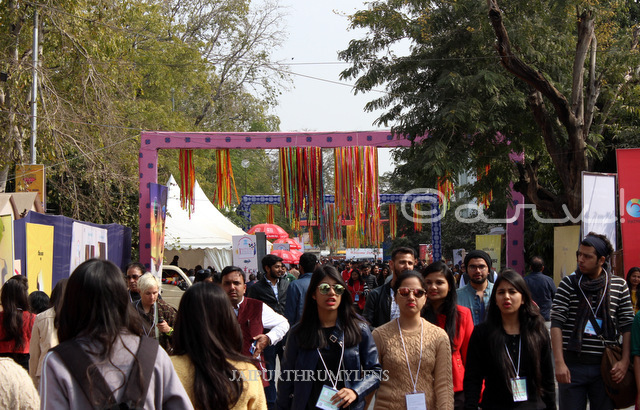 jaipur literature festival rush people