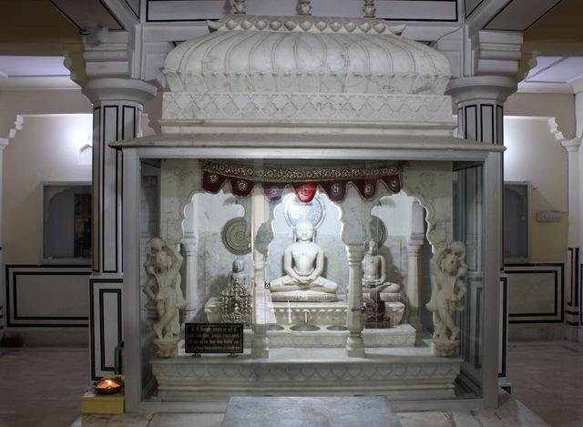 swami-vimalnath-digambar-jain-temple-amer-jaipur-jainism-bhagwan-mahavira