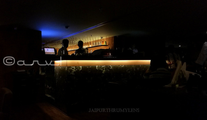 Farzi-cafe-jaipur-drinks-bar-photo-interior