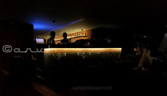 Farzi-cafe-jaipur-drinks-bar-photo-interior