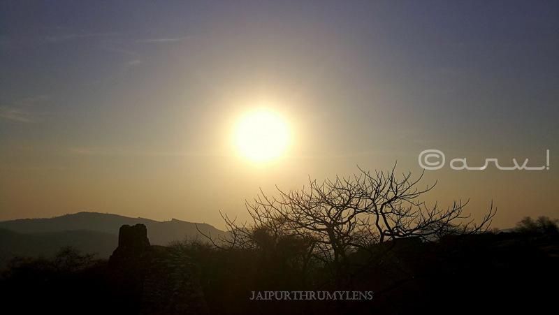 jaipur-sunrise-hill-trekking-skywatch-friday