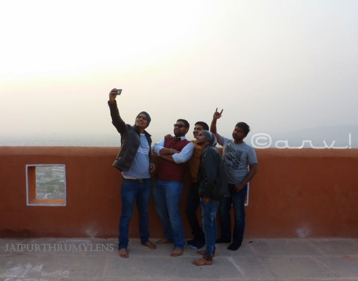 jaipur-most-instagramable-places-selfie-point-sun-temple