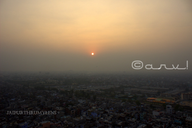 jaipur-sunset-sun-temple-galta-gorge-photo