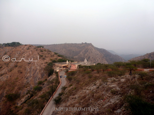 path-to-reach-galta-temple-jaipur-surya-mandir