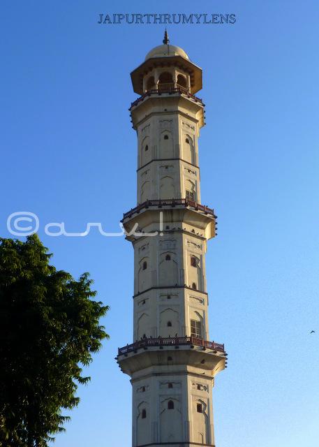 issar-lat-sargasuli-tripolia-bazar-jaipur-blog