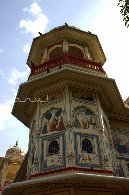 painted-wall-sisodia-rani-garden-jaipur