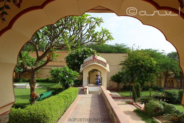 rajasthani-chhatri-sisodia-rani-ka-bagh-jaipur