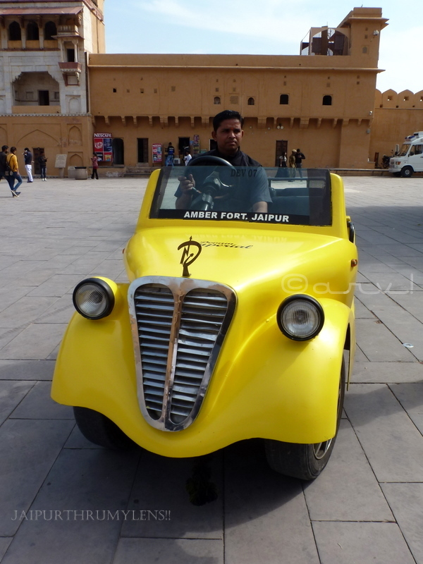 how-to-reach-amer-fort-jaipur-electric-golf-cart