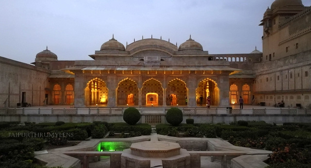 sheesh-mahal-photo-amer-fort-night-tourism