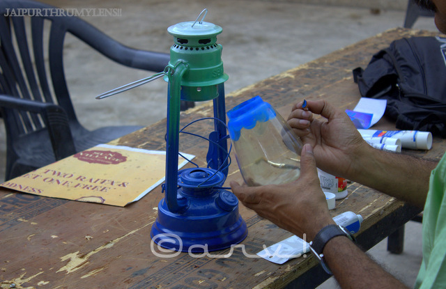 painting-lamp-by-hand-rang-malhaar