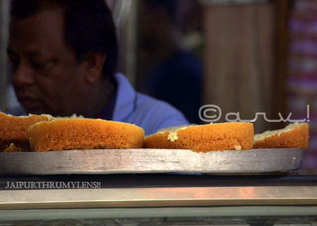 best-malai-ghevar-jaipur-sweets