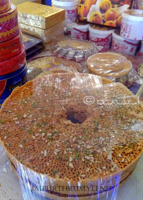 ghevar-jaipur-famous-sweets-lmb-johari-bazar