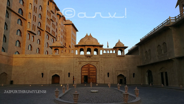 5-star-hotels-fairmont-jaipur-india